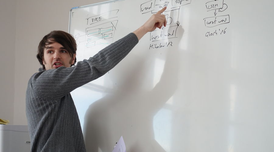 Sebastian Arnold, M. Sc. at the whiteboard