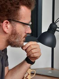 Foto von Hrn. Tröger in der Seitenaufnahme